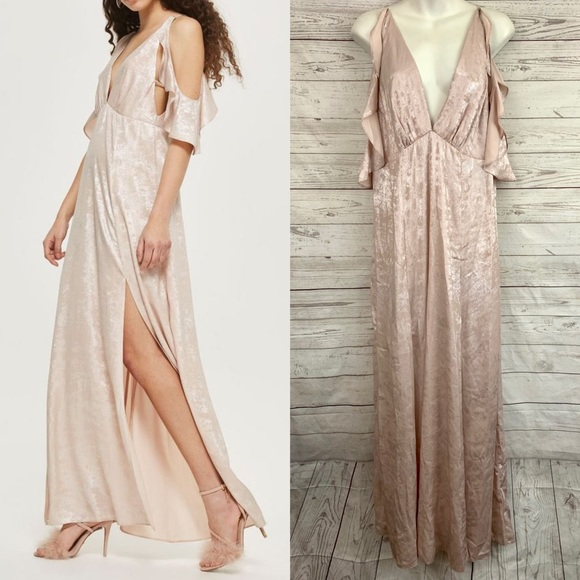 Topshop Dresses & Skirts - Topshop blush pink ruffle cold shoulder maxi dress